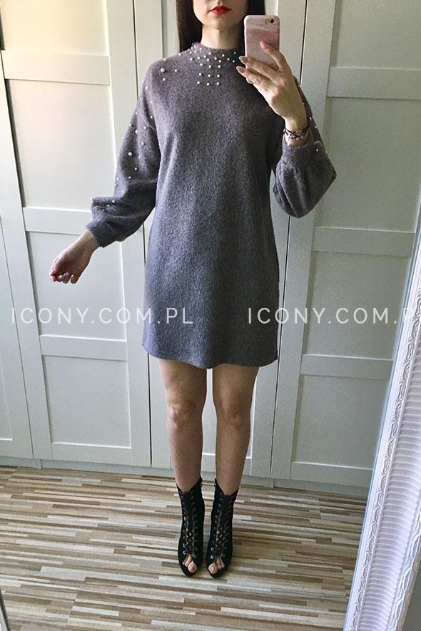 Sukienka swetrowa perełki beż