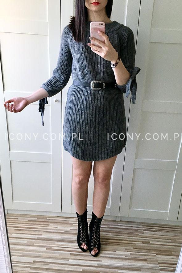 Sukienka swetrowa z wiązaniami na rękawach ciemno-szara