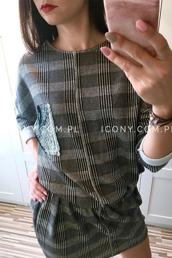 Sukienka oversize krata jasno-szara