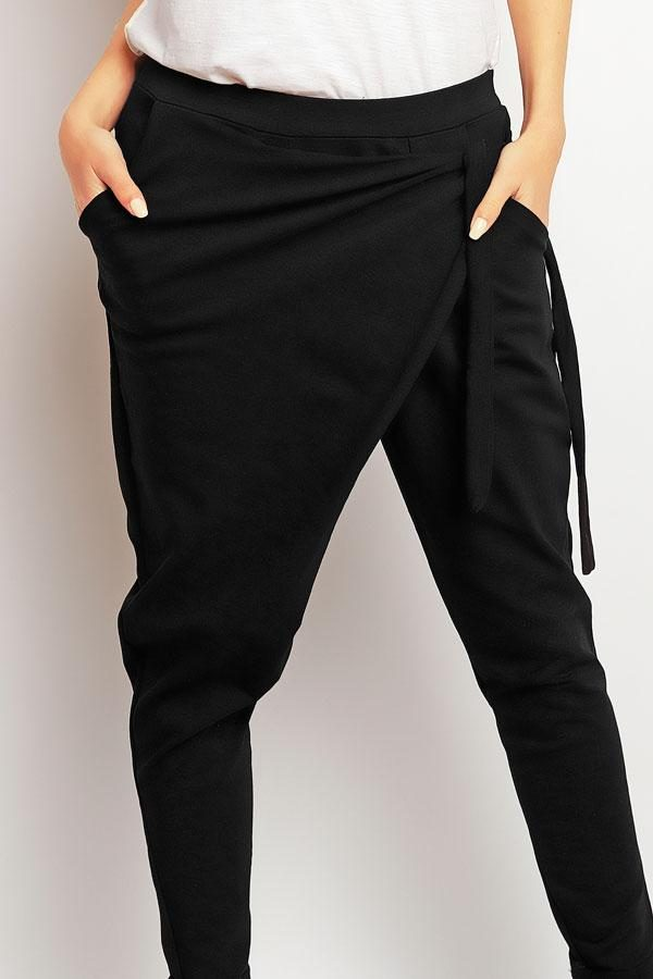Spodnie damskie luźne czarne