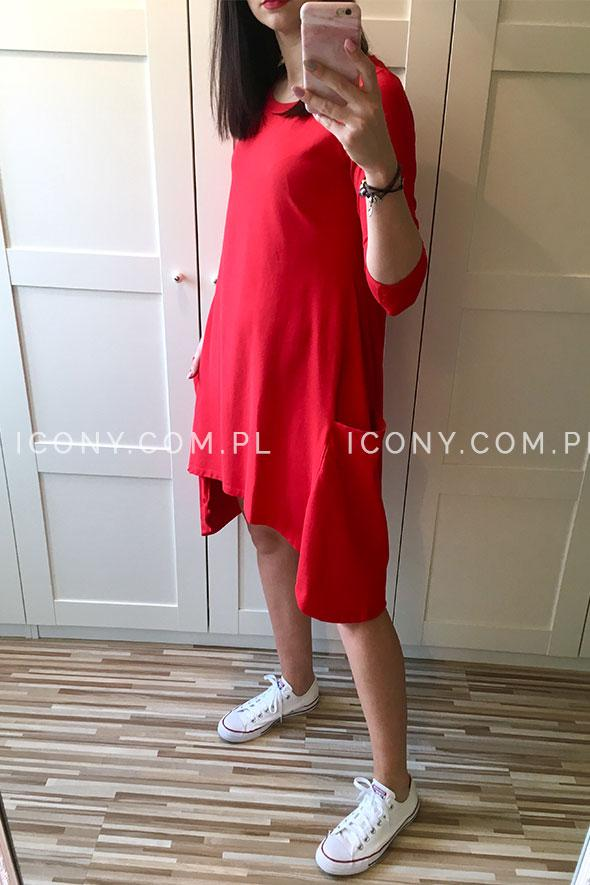 Sukienka dzianinowa asymetryczna z kieszeniami czerwona