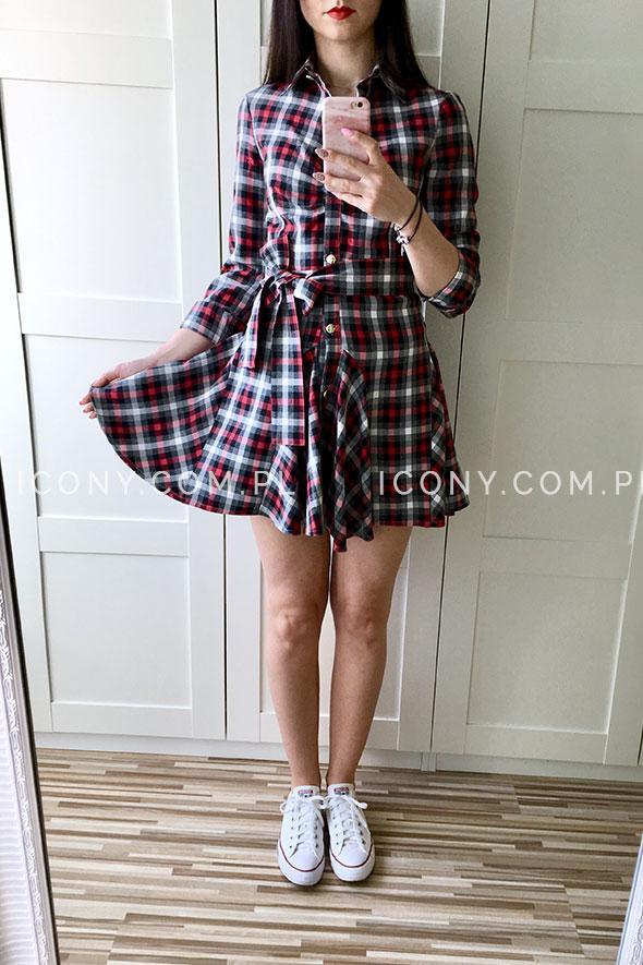 Koszulowa sukienka w kratę