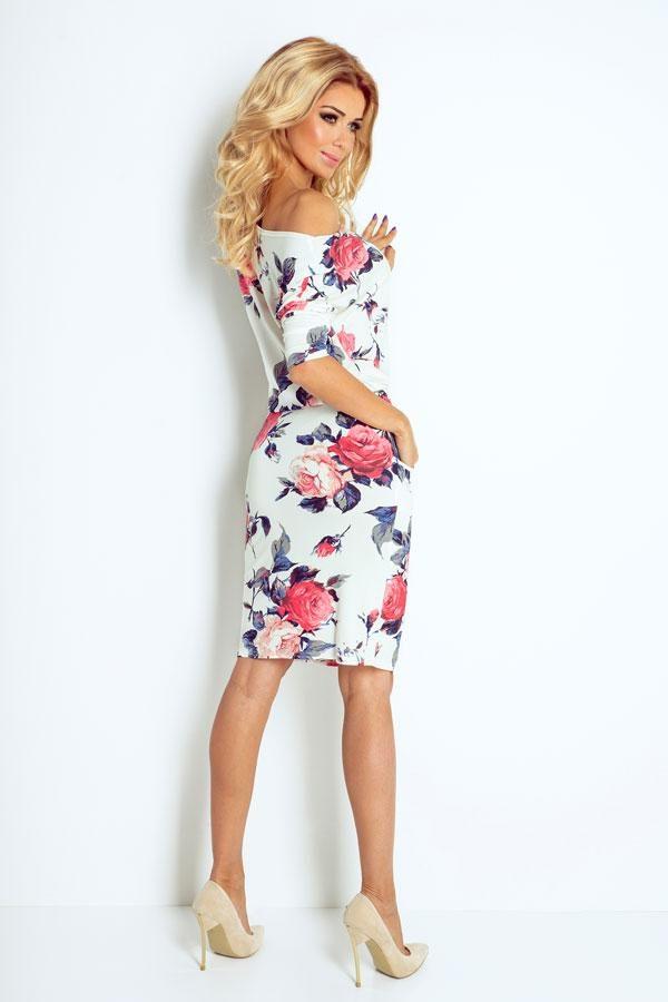 Modna sukienka w kwiaty