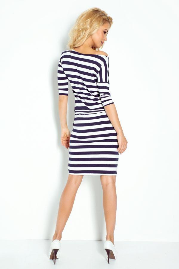 Modna sukienka w paski